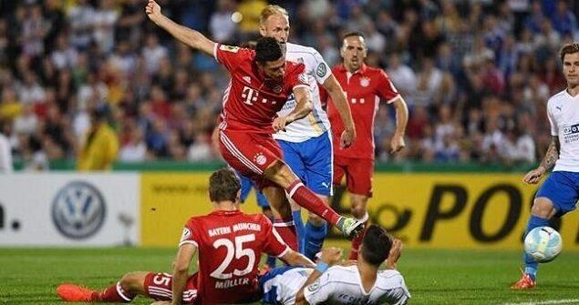 德国杯:莱万戴帽 拜仁5-0晋级第二轮
