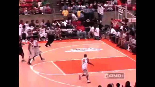 720°暴扣领衔!篮球史上最经典扣篮合集
