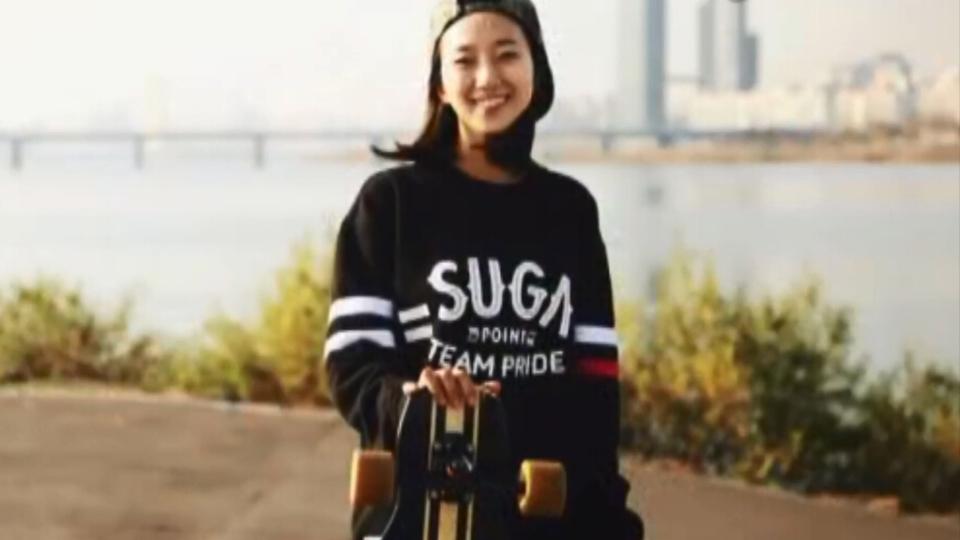 韩国新晋滑板女神 板上浪漫舞蹈身姿曼妙