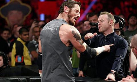 鲁尼WWE赛场惨遭羞辱 一拳KO硬汉巴雷特太疯狂