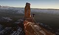 三千米雪峰挑战翼装飞行 飞跃冰川上演极限时速