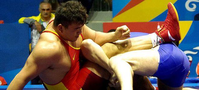 邓志伟无缘摔跤男子自由式125公斤级八强