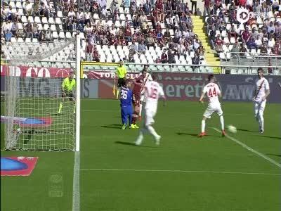 后卫送点+争议进球 都灵1-1罗马