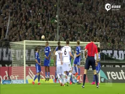 拉斐尔传射哈恩险断腿 门兴3-1沙尔克04