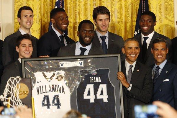 白宫奥巴马接见2016年NCAA冠军维拉诺瓦大学